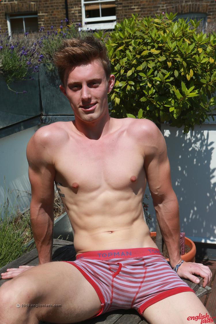 Massaged Straight Guy Gets Dildo Penetration