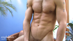 Str8 rugby hunk Jon Saunders - how hard can a cock get?!