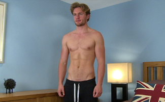 Englishlads.com: Bonus Video of Aaron's Photo Shoot - Handsome Lad has a Cum Explosion!