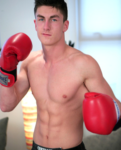 Englishlads.com: Boxing Ace Josh Peters - Naked and Hard Exclusive