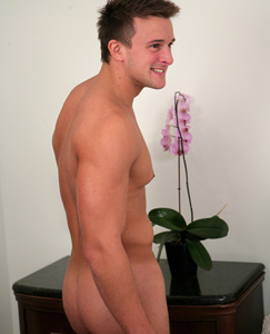 Englishlads.com: Big Powerful Rugby Stud Drew Daniels & his Amazingly Big Uncut Cock!