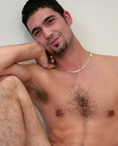 Englishlads.com: Hairy str8 lad Jono - A grower and thick one!