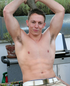 Englishlads.com: Hunky Str8 Fitness Instructor Jacob - The Fastest Riser on the site!