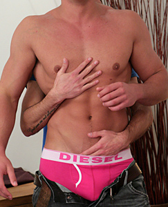 Englishlads.com: Rugby Hunk Drew Lets Dan have a Fiddle and Suck - His 1st Blow Job from a Guy!