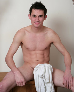 Englishlads.com: Str8 hunk & his v hard 1