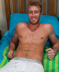 Englishlads.com: Straight Hunk Josh & his 1st Manhandling of that Big Uncut Cock