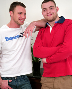 Englishlads.com: Straight Mates Bailey & Andy Playing with Dildo's - Is there no End to Their Talents!