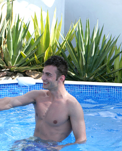 Englishlads.com: Straight PT Danny gets Blown by his 1st Guy & plays With Justin's!