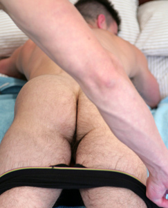 Englishlads.com: Straight Tough Nut Paddy O'Brian - You mess with me & I�ll cum in your hand!