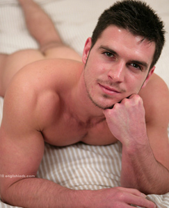 Englishlads.com: Hairy Ripped Muscle Stud Paddy - Pushes Right up his Boundary with a Finger!