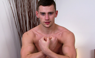 Englishlads.com: Hairy Straight Lad & Boxing Ace Tom King Knocks Out Five Cums Shots!