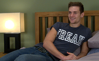 Englishlads.com: Hunky Straight Joel Shows Off His Thick Uncut Cock & Muscular Body