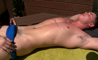 Straight Hunk Damian Gets his 1st Man Wank & How Hard is his Uncut Cock!