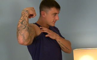 Straight Newbie Max Gets & Gives his 1st Man Wank & Blow Job!