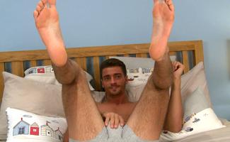 gay solo feet