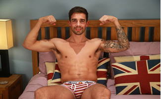 Straight Hunk and Footballer Lucas Shows Off his Hot Body and Wanks his Uncut Cock!