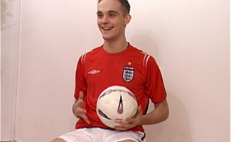 Englishlads.com: Ryan plays in footie kit