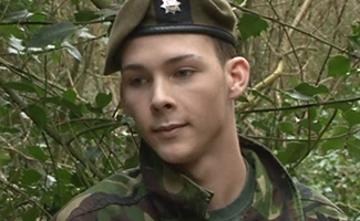 Englishlads.com: Squaddie in the woods