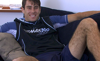 Englishlads.com: Str8 Hairy Hunk Alex - Where is that toy going?!