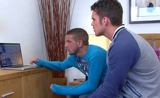 Englishlads.com: Straight Footie Hunk Jay Fucked for his First Time by Lucky Dan's Big Weapon!