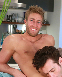 Englishlads.com: Tall & Athletic Young Hunk Josh gets his First Man Blow Job - Justin gets a Mouthful!