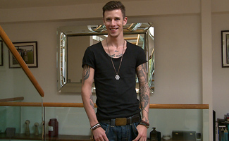 Englishlads.com: Tall & Tattood Straight Lad Damian Shows off His Impressive Uncut Cock & Squirts Loads!