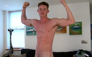 Tall Straight Lad Tom Wanks his 9 Inch Cock and Explodes on his Abs