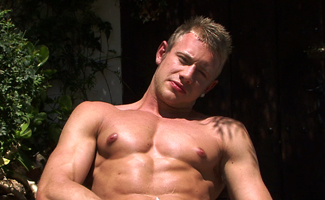 Englishlads.com: Under the Hot Tropical Sun Str8 Blond Hunk Callum Pumps up a Big One!
