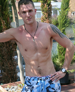 Englishlads.com: Young Dad Leo - Some Great Gene's to Inherit - Especially the Large Uncut Cock One!