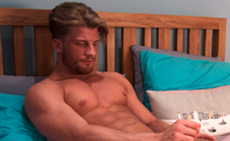 Straight Ex on the Beach star Justin Shows his Big Uncut Cock & Fires Cum Like a Water Canon! EL Premium