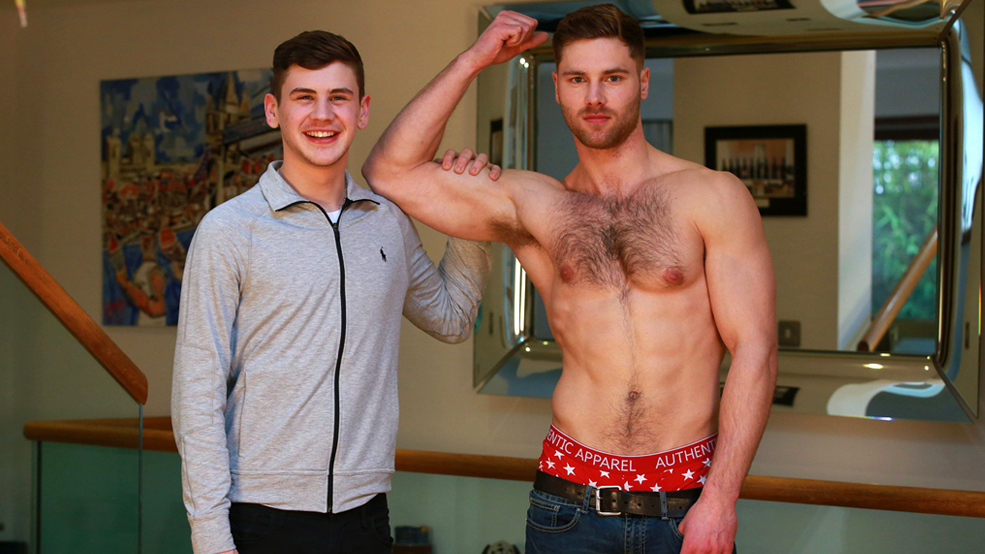 Muscular & Hairy Big Cocked Uncut Stud Tom Wanks his 1st Man & Shoots a Massive Load over his Shoulder!