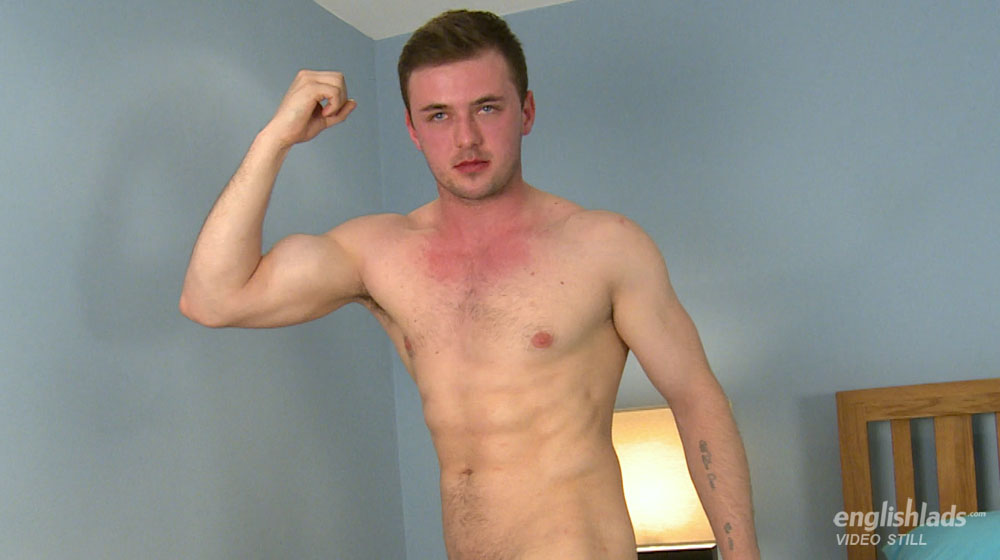 Muscley gay hunks explode