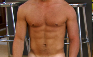 Bonus Video of Alfie's Photo Shoot - Hunky Muscular Str8 Guy Shows Off His Mighty Tool!