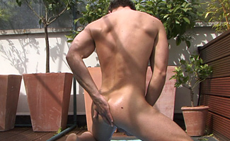 Bailey - str8 lads love to tease - how hard is he!