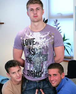 Englishlads.com: Big Boy Cockfest - Dan Fucks Darius while blowing Straight Hunk Dan's Massive Uncut one!