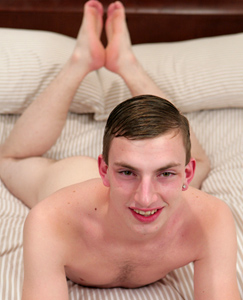 Englishlads.com: Horny Puppy Caspa - Slim & Hung Unproportionally!