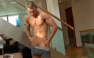Hunky Str8 Athlete's stiff pole