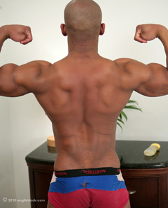 Englishlads.com: Hunky Straight 19yo Pup Andy - Not Only Muscular & Ripped but Hung!