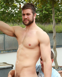 Englishlads.com: Muscular Straight Lad Cory gets his 1st Man Blow Job & Squirts for England!