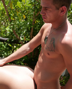 Englishlads.com: Orgy in the tropics!