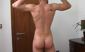 Jon Wills Rich's Twin Brother Jon also has a Big Uncut Cock & Toned Body