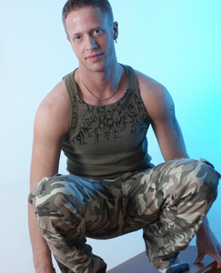 Englishlads.com: Ricky strips out of his combat gear and wanks til he cums all over his hard chest