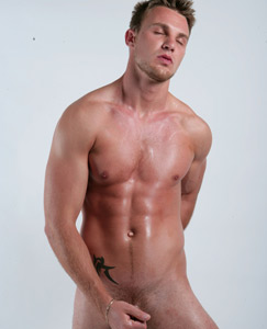 Englishlads.com: Str8 footballer Bailey