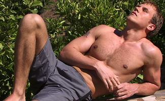 Str8 hunks Hayden & Jake - Playing in the sun with Jason