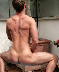 Englishlads.com: Str8 stud Bailey - how much fun!