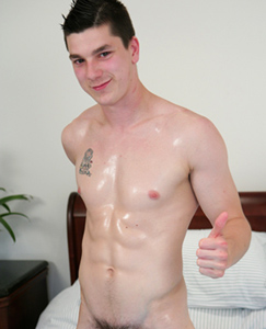 Englishlads.com: Straight Newbie Jamie Gets His First Ever Man Handling - Zack does the honours!