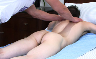 Personal Trainer Jamie Lies Back & lets Zack give him his First Man Handling!